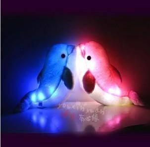 iloop新款创意海豚海狮带音乐发光抱枕 靠垫 毛绒玩具公仔 音乐式发光抱枕
