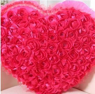 iloop新款毛绒玩具创意婚庆love爱心心形玫瑰花汽车抱枕 浪漫礼物女生生日