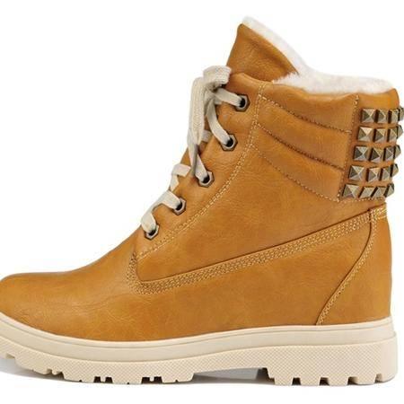 古奇天伦新款潮流百搭铆钉女靴时尚短靴保暖棉鞋子