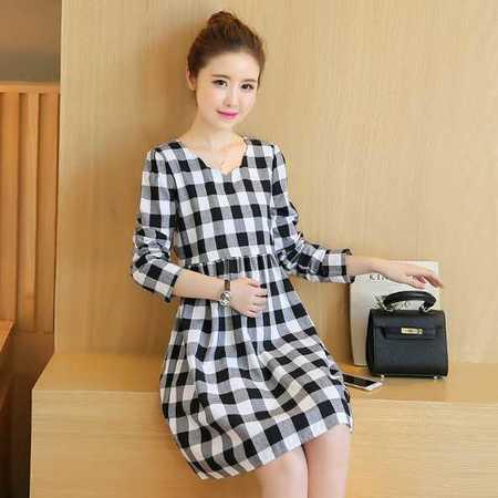 孕妇装 秋季新款韩版纯棉格子中长款孕妇连衣裙