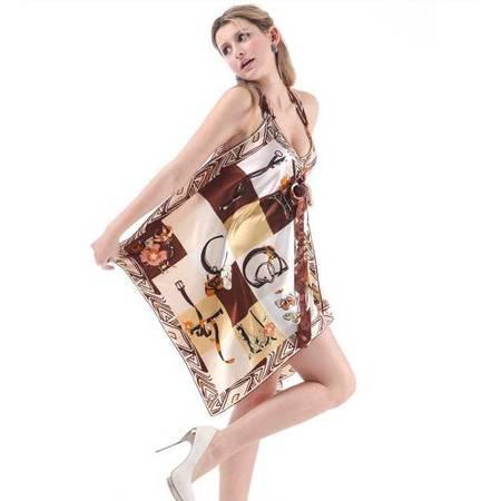 个性英伦风加大码吊带裙 时尚潮女印花吊带 仿真丝连衣裙