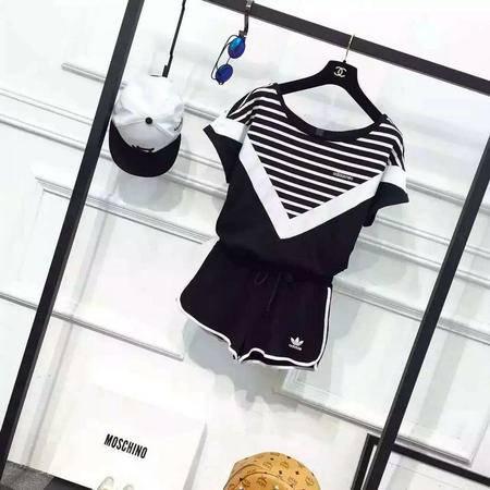 ADIDAS阿迪达斯 三叶草女运动短袖短裤时尚韩版休闲套装女圆领短款T恤