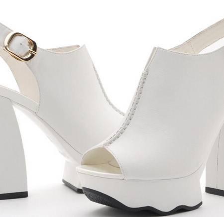 moolecole/莫蕾蔻蕾 新款凉鞋防水台粗跟鱼嘴纯色高跟女鞋