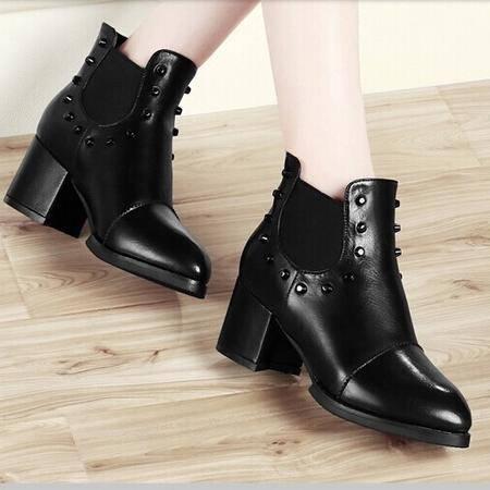古奇天伦 女鞋新款短筒铆钉马丁靴女春秋款骑士靴子女靴及祼靴  正品包邮