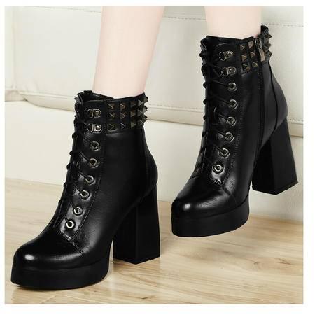 古奇天伦 铆钉女靴 粗跟女鞋子 马丁靴子春秋新款短筒短靴