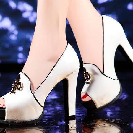 莫蕾蔻蕾 新款欧美性感时尚女鞋粗跟防水台女式鞋凉鞋