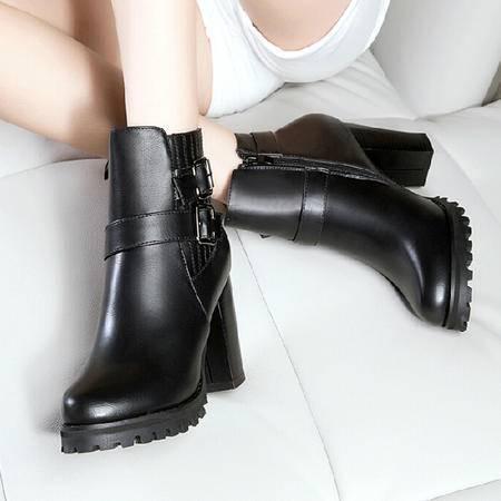 2015莱卡金顿秋冬季新款女鞋英伦风高跟粗跟马丁靴潮女短靴尖头女靴子