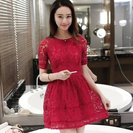 2016夏季露背红色蕾丝连衣裙短袖修身显瘦蓬蓬中裙