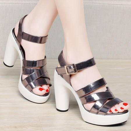 百年纪念夏季漆皮凉鞋亮面女鞋休闲鞋粗跟防水台厚底女高跟鞋