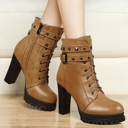 莫蕾蔻蕾秋冬时尚马丁靴粗跟高跟女鞋加绒保暖女鞋防水台铆钉骑士靴