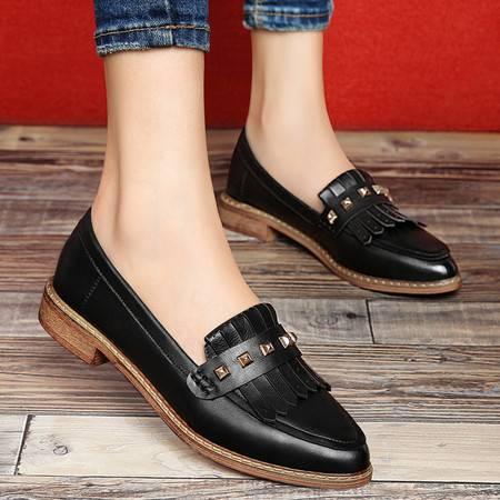 古奇天伦春季新款单鞋英伦尖头铆钉女鞋流苏矮跟粗跟套脚休闲鞋