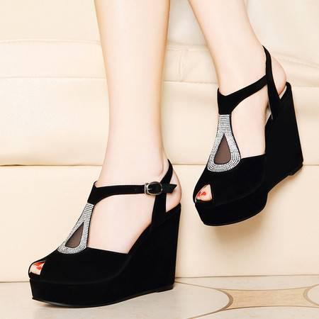 莱卡金顿夏季新款鱼嘴鞋女厚底坡跟凉鞋防水台水钻休闲鞋绒面平底女鞋