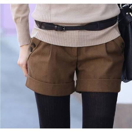 新款韩版秋冬女装修身提臀休闲靴裤毛呢短裤 NC842