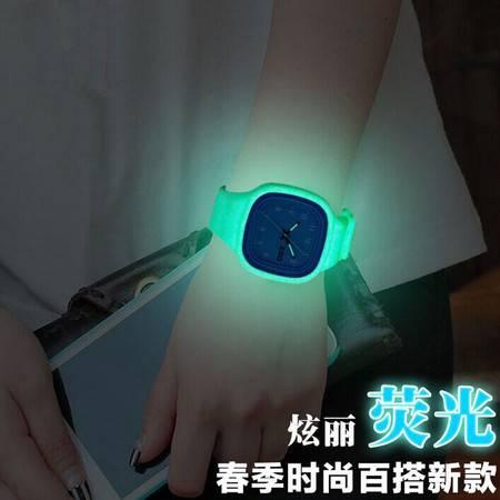 学生果冻手表 男女孩原宿荧光防水情侣手表韩版个性创意发光表QGN028