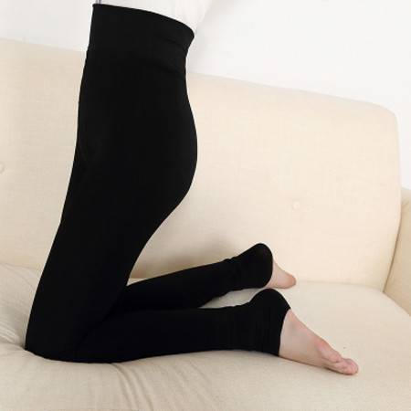 新款加厚加绒显瘦外穿保暖裤踩脚裤高腰一体裤棉裤NC2050