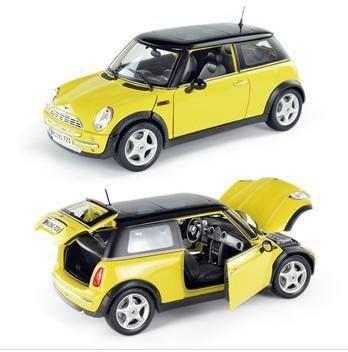 美驰图1:18 迷你酷派 Mini Cooper sun roof 31656 金属仿真模型 黄色