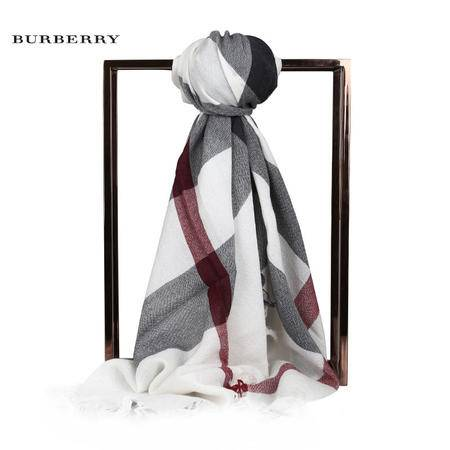 Burberry Clolour CK 羊毛围巾