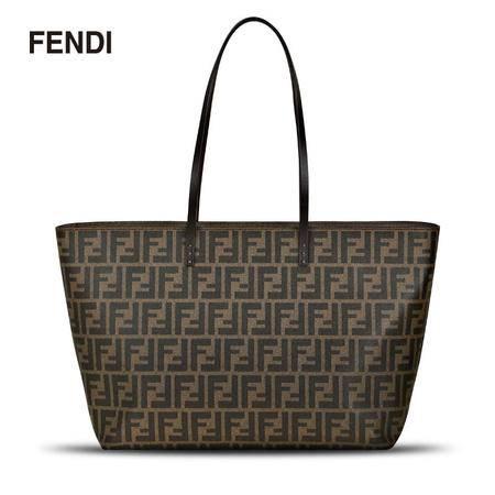 Fendi FF LOGO Roll Bag MD 单肩包
