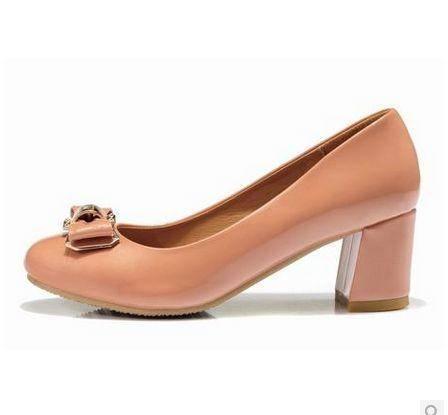 韩版女鞋蝴蝶结中跟单鞋女漆皮低帮鞋女新款秋浅口粗跟包邮