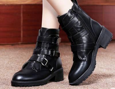 2014新款秋冬女防水台女短靴皮带扣女鞋 女靴子低跟马丁靴彩云