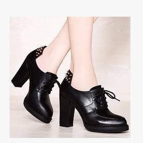 粗高跟铆钉纯色女式短靴秋冬新款女靴