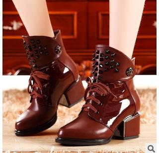 铆钉马蹄跟马丁靴短靴子欧美冬季女靴包邮