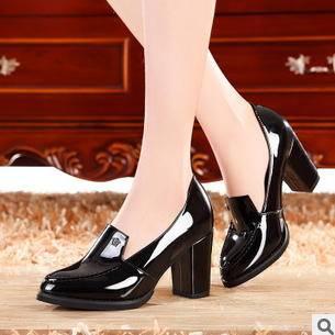 漆皮粗时尚休闲女鞋2015新款春季时尚单鞋
