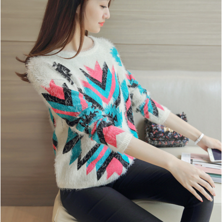 2016新款韩版女撞色几何图案马海毛套头宽松圆领毛衣女