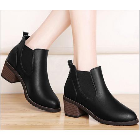 2016短靴女秋单靴粗跟英伦风马丁靴秋冬季女鞋马丁鞋高跟女靴子学生