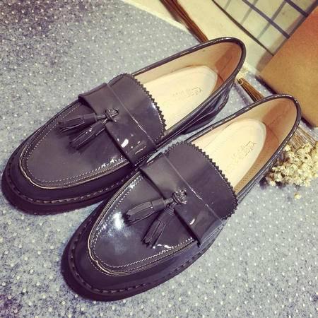 Mr.benyou 2015春夏新款英伦流苏单鞋 复古漆皮女平底鞋XGG901-5