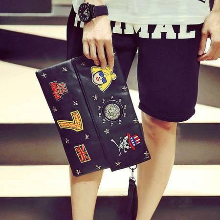 Mr.benyou2015夏季新款箱包新款铆钉刺绣勋章手拿包  S2