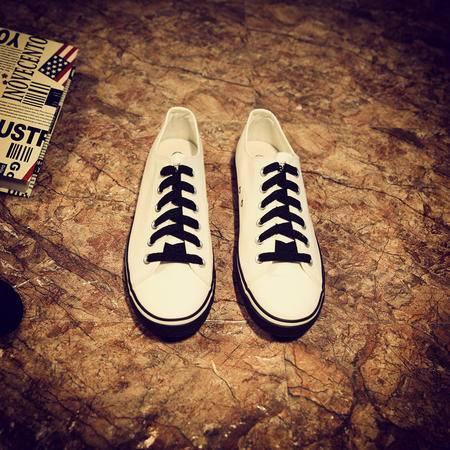 Mr.benyou2015秋冬新款青年圆头低帮平跟素面纯色透气帆布鞋男鞋低帮潮鞋鞋JJJ