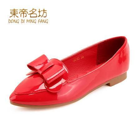 东帝名坊时尚尖头蝴蝶结漆皮简约英伦低粗跟休闲鞋