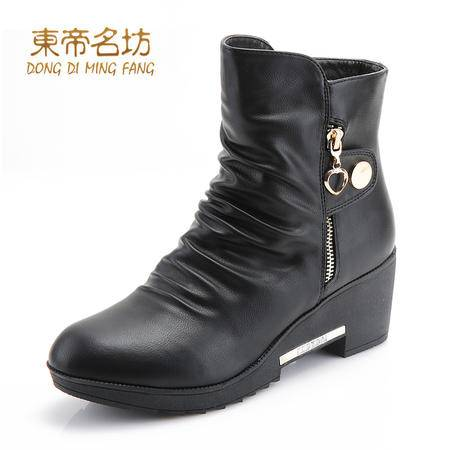 东帝名坊时尚圆头舒适防水台粗跟厚底保暖时装靴女42023