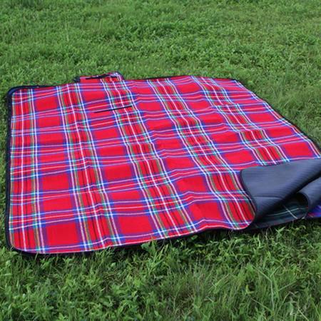 户外加厚加宽 便携200*150cm野餐垫 真正加厚防潮垫 红色
