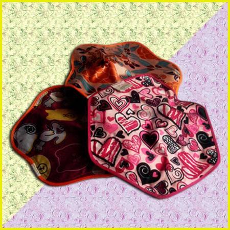红兔子 甜美花纹丝光PVC六角梅花形长方形防爆充电热水袋暖手宝 六角形长方形花色随机