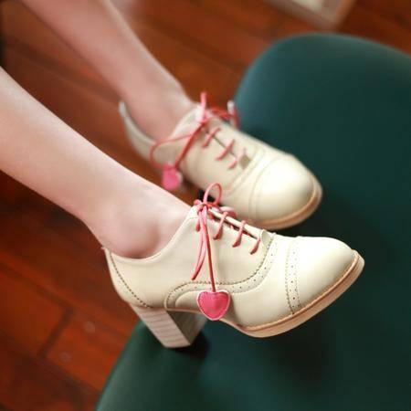2015春季新款英伦时尚高跟鞋女士粗跟单鞋雕花前系带工作鞋女鞋