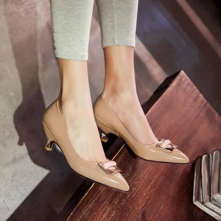 欧洲站新款金属方扣漆皮中跟单鞋欧美大牌尖头女鞋