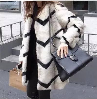 8190秋冬新款韩版波浪纹仿皮草显瘦大衣毛中长款女外套NX31