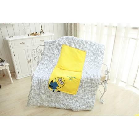 正方形小黄人三用空调毯暖手靠垫毯子1×0.85米