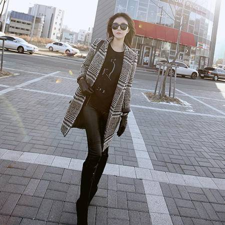 mssefn  2014新款 韩版女装 黑白格直筒长袖大衣外套 8611-W72