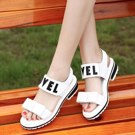 休闲奇葩2015夏装新款高端 精品 真皮 魔术贴方跟  女鞋凉鞋 WZ18-1569-1