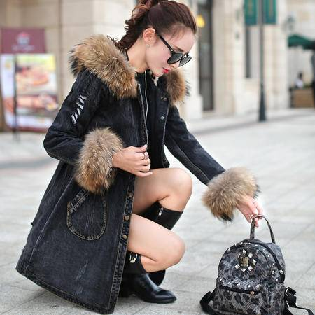 mssefn2015冬季时尚新款女装韩版冬装新品加厚牛仔外套 YS713P325 配真毛领