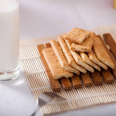 淮南特产平牧200克*4豆麸纤维饼原香味饼干营养美味休闲零食(四种口味)