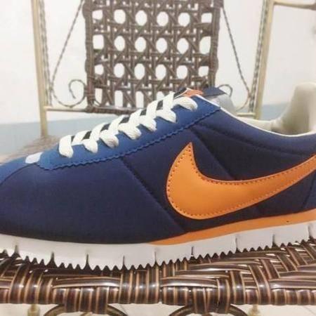 NIKE耐克 CORTEZ 阿甘二代男女鞋经典款运动鞋跑步鞋621328-010