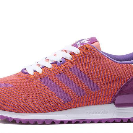 adidas阿迪达斯三叶草新款女鞋休闲运动跑步鞋B35573