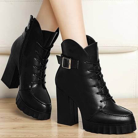 古奇天伦秋冬新款粗跟高跟女靴厚底马丁靴金属扣系带女鞋子潮