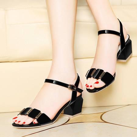 莱卡金顿6074夏季新款露趾方跟女凉鞋亮片搭扣鞋子高跟单鞋休闲鞋