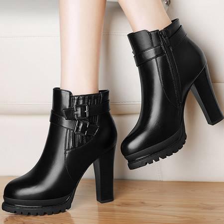 雅诗莱雅 3136马丁靴潮女时尚短靴女鞋冬季新款高跟鞋女靴圆头粗跟短筒靴子