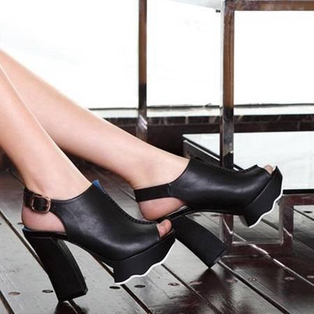 莫蕾蔻蕾2015春夏新款鱼嘴女鞋 粗跟高跟鞋 拼色百搭防水台凉鞋